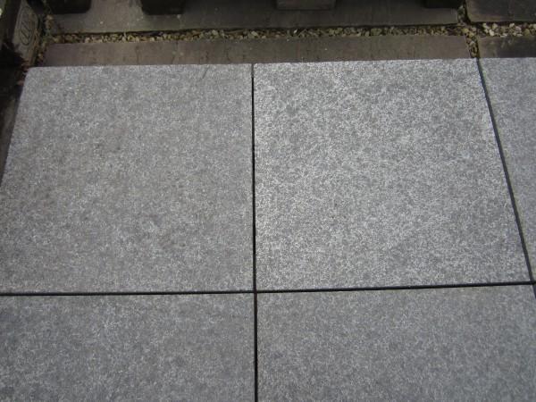 Basalt Windsor Black Bodenplatten 40/40/3