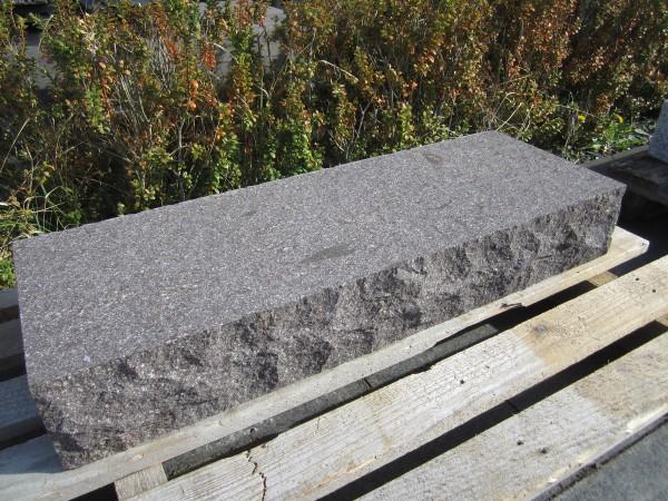 Porphyr Blockstufe 100/35/15 cm