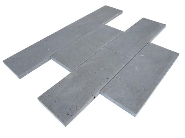 Basaltlava Bodenplatten 30/4 freie Längen