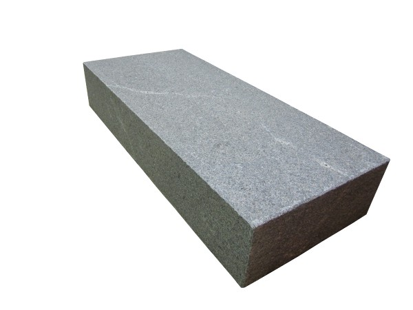 Granit Windsor Dark Blockstufen 080/35/15 cm